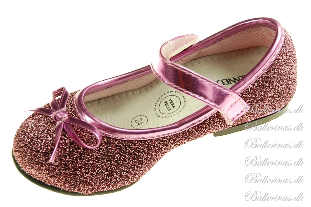 ballerina schuhe kennedy rosa pink ballerina schuhe. Black Bedroom Furniture Sets. Home Design Ideas